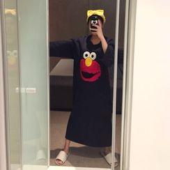 DISCOSALON - Appliqué T-Shirt Dress
