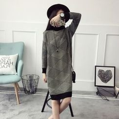Qimi - Long-Sleeve Patterned Knit Dress