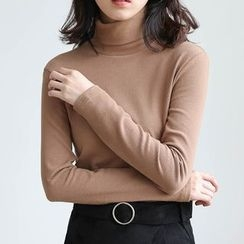 ELLY - Turtleneck Long-Sleeve T-Shirt