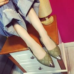 QQ Trend - 金属尖头平底鞋
