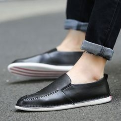 HANO - Faux Leather Slip Ons