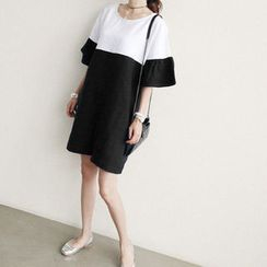 NANING9 - Color-Block Shift Dress