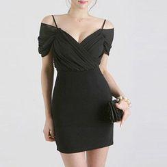 Jolly Club - Cutout-Shoulder Sheath Party Dress