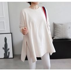 Miamasvin - Dolman-Sleeve Slit-Side Oversized T-Shirt