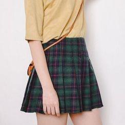 HotBlock - Plaid Pleated Skirt