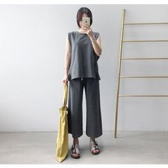 Miamasvin - Set: Sleeveless Top + Sweatpants