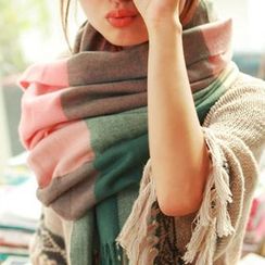 Pompabee - Plaid Scarf
