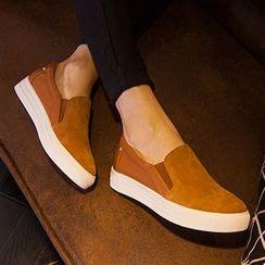 YIYA - Genuine Suede Slip-Ons
