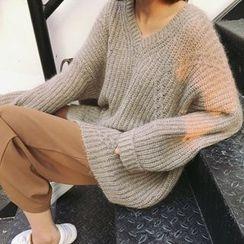 Ashlee - Plain V-Neck Chunky Sweater