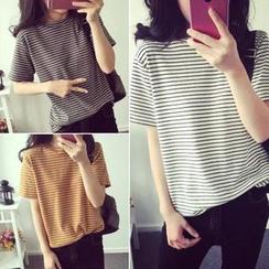 QZ Lady - Striped Short-Sleeve T-Shirt