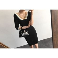 UPTOWNHOLIC - V-Neck Contrast-Trim Knit Dress