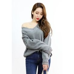 Dalkong - V-Neck Distressed Rib-Knit Sweater