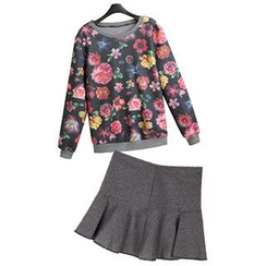 Queen's World - Set: Floral Pattern Pullover + Pleated Skirt