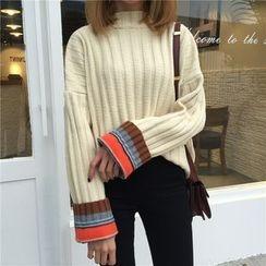 Eva Fashion - Color Block Thick Sweater
