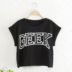 JVL - 'GEEK' Print Cropped T-Shirt