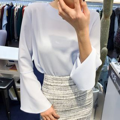 WITH IPUN - Round-Neck Bell-Sleeve Top