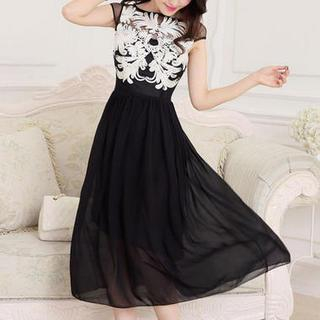 JVL - Appliqué Illusion Neckline Chiffon Dress