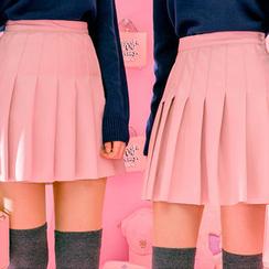 chuu - Inset Shorts Faux-Leather Mini Pleat Skirt