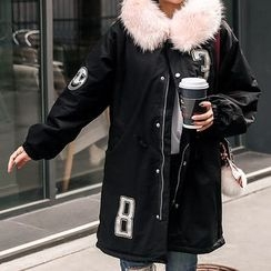 Seoul Fashion - Appliqué Faux-Fur Lettering Parka