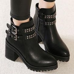 Mancienne - Pointy-Toe Buckled Heel Ankle Boots