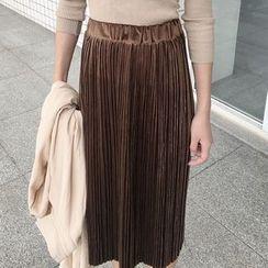 Cloud Nine - Pleated Midi Skirt