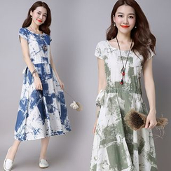 Yeeya - 短袖印花連衣裙