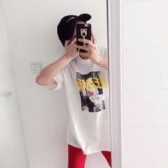 DISCOSALON - Round-Neck Printed T-Shirt
