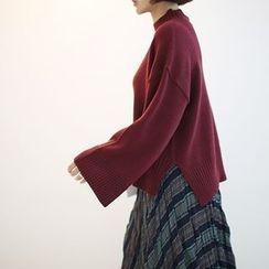 STYLEBYYAM - Mock-Neck Wide-Sleeve Dip-Back Knit Top