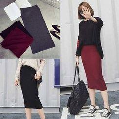Bloombloom - Plain Midi Knit Skirt