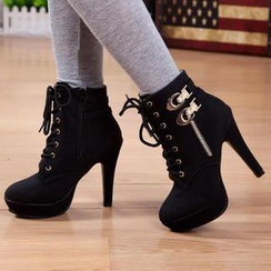 IYATO - Buckled Lace-Up Ankle Boots