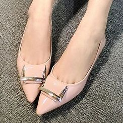 QQ Trend - Metal Accent Pointy Flats