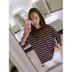 hellopeco - Drop-Shoulder Striped T-Shirt