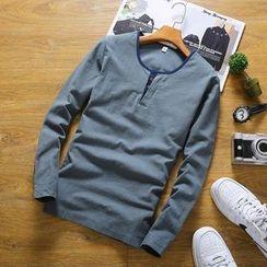 Masowild - Long-Sleeve V-neck T-Shirt