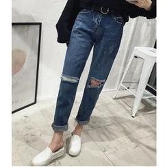 Oaksa - Straight Fit Cut Out Jeans