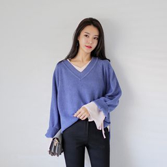 WITH IPUN - V-Neck Wool Blend Knit Top