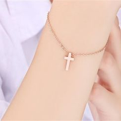 Claudette - Cross Bracelet
