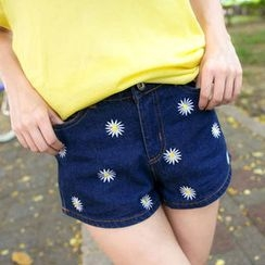 Tokyo Fashion - Embroidered Denim Shorts