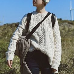STILL YOU - Cable Knit Sweater