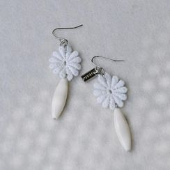 MyLittleThing - Lace Flower Bead Earrings