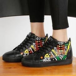 Renben - High Top Sneakers