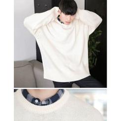STYLEMAN - Round-Neck Knit Top