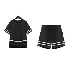 GRACI - Set: Short-Sleeve T-Shirt + Shorts