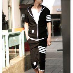 Bay Go Mall - Set: Short-Sleeve Hoodie + Shorts