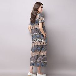 chome - Patterned Short-Sleeve Midi Dress