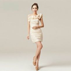 Gracia - One-Shoulder Applique Sheath Party Dress