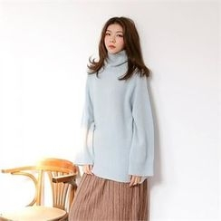MAGJAY - Wool Turtle-Neck Knit Top