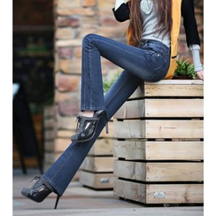 Denimot - 靴形牛仔裤