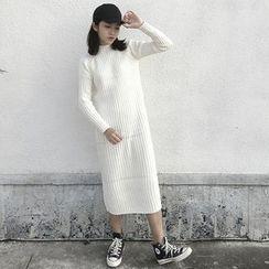 CHERJOE - Mock Neck Midi Knit Dress