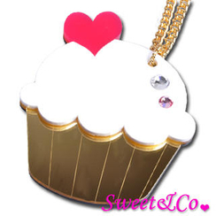 Sweet & Co. - Sweet&Co. XL Mirror White Cupcake Gold Necklace
