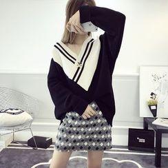 efolin - Contrast Trim V-Neck Chunky Sweater